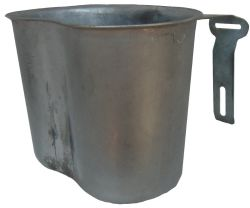 Canteen cup 1Q